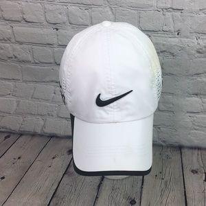 Nike golf hat Hook and loop OSFA